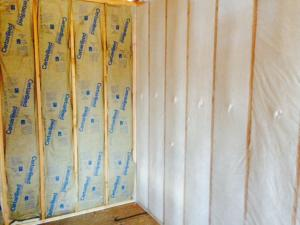 Batt for many homeowners is a more economical choice for insulation and Murray Insulation, 7603 Northwest River Park Drive, Kansas City, MO  64151 is the company to install the insulation for them.